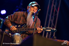 Seasick-Steve-Once-In-A-Blue-Moon-Fotono_004