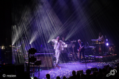 Father-John-Misty-Take-Root-Oosterpoort-3-11-2018-rezien-header--10