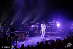 Father-John-Misty-Take-Root-Oosterpoort-3-11-2018-rezien-header--7